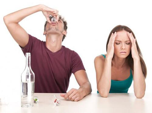 Кодирование от алкоголизма и помощь при лечении алкоголизма