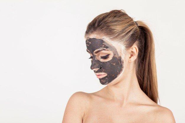 Втомилися боротися з проблемами на шкірі обличчя?