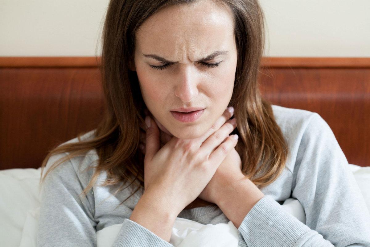 Лавровий лист проти ангіни або як перемогти бактеріальний тонзиліт за три дні