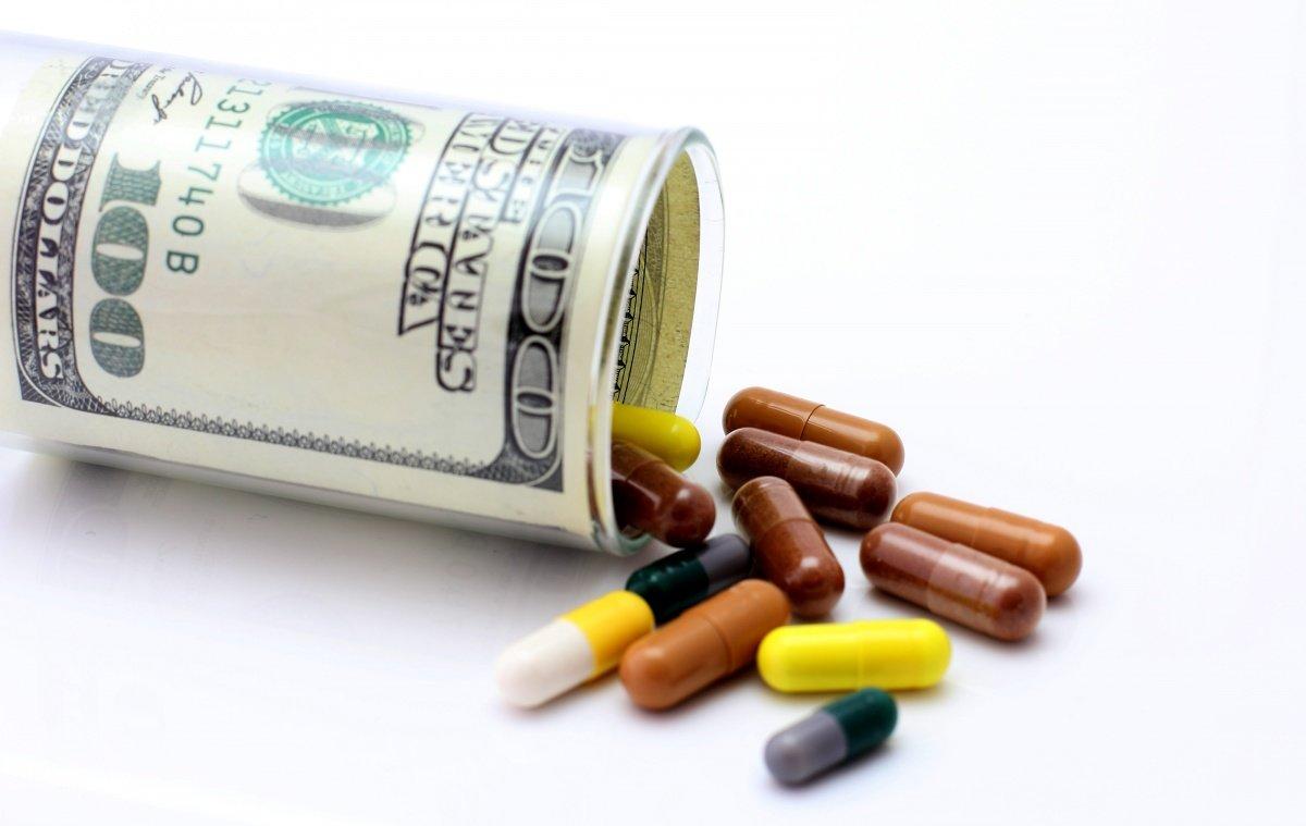 Голодець не допустить зростання цін на ліки.Як?