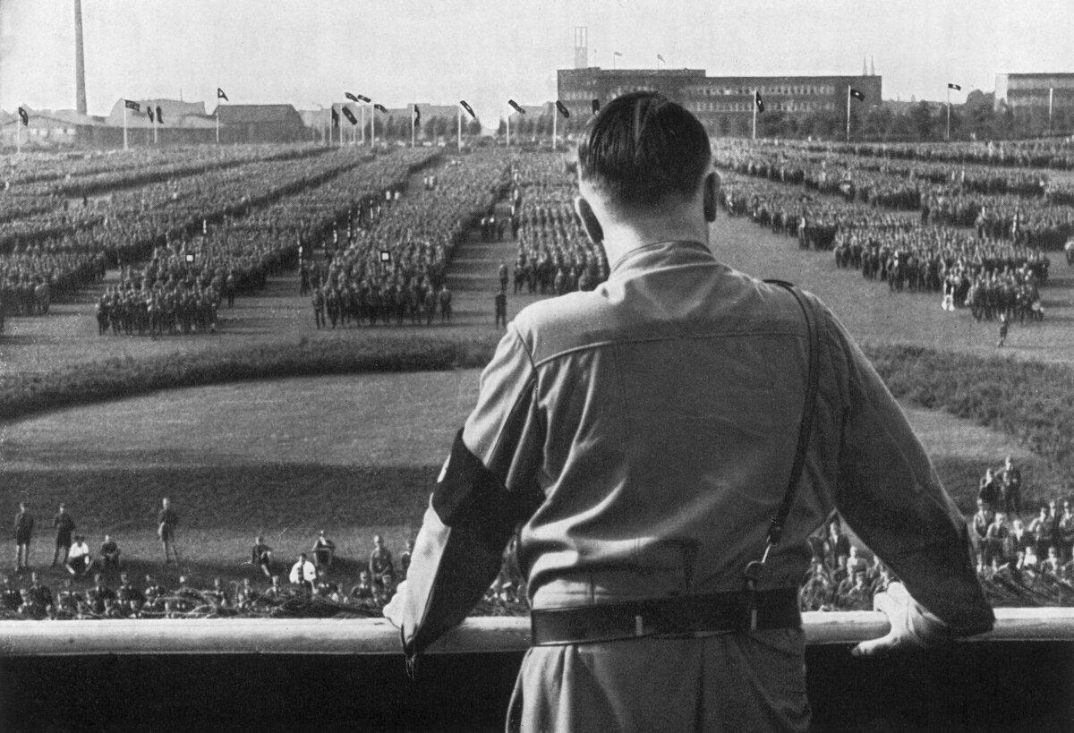 Як Гітлер випередив Сталіна і навіщо потрібно читати німецькі архіви?