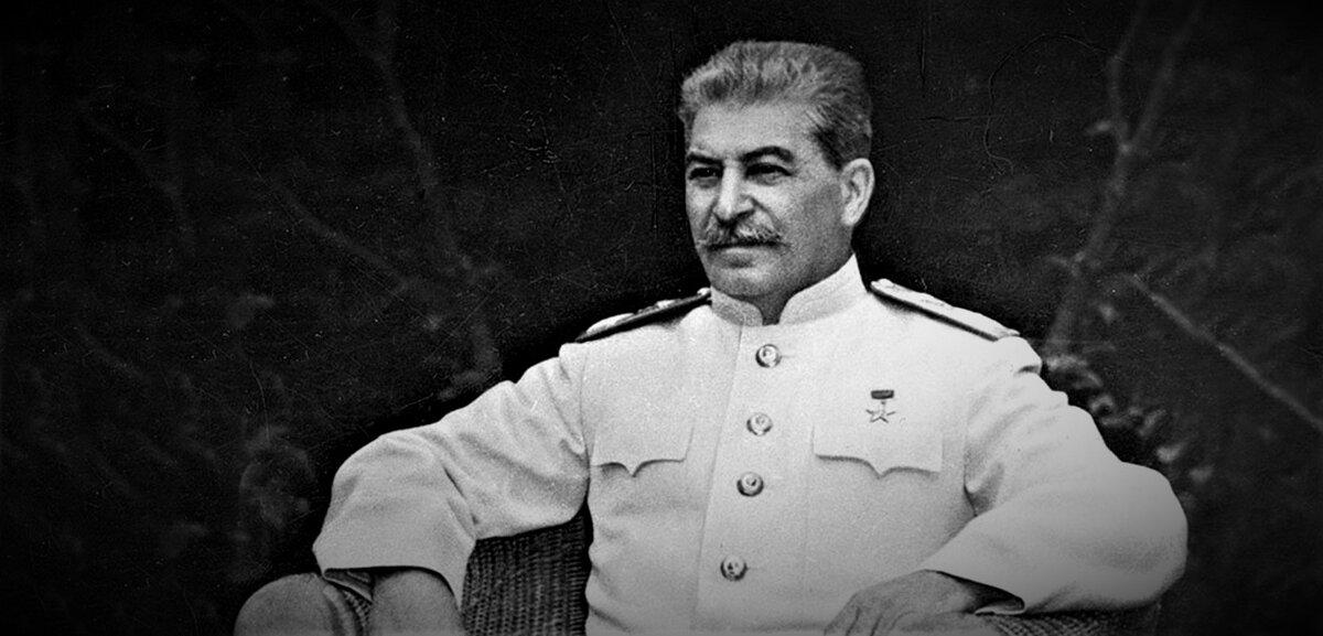 Що Гітлер говорив про Сталіна.