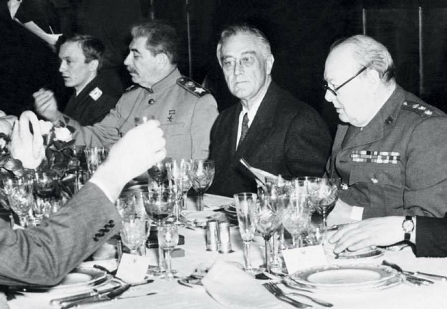 Чим харчувалися радянські лідери, і що вони любили!