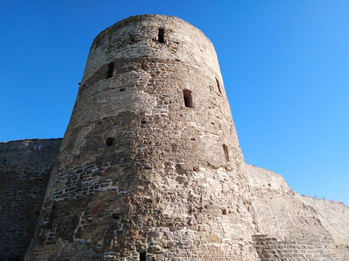 Ізборськ: таємниці Дзвонової вежі