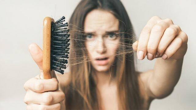 Аптечний екстракт за 20 рублів ефективний від облисіння і випадання волосся