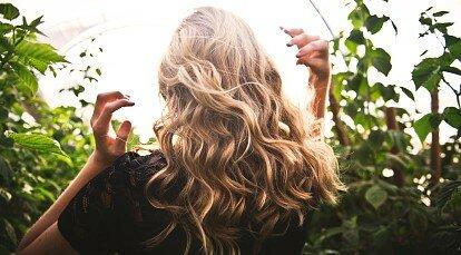 Варто при випаданні волосся приймати препарати заліза?