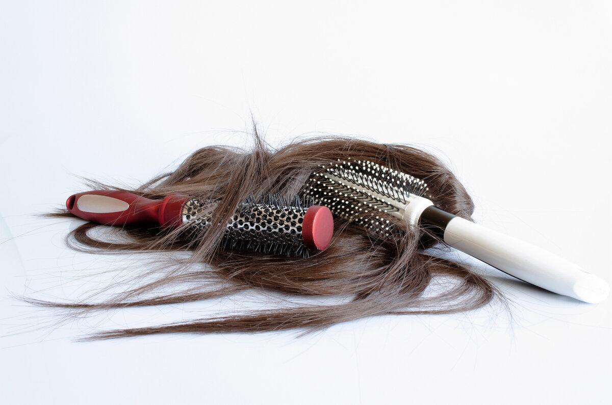 Зупиняємо випадання волосся і приводимо їх у порядок