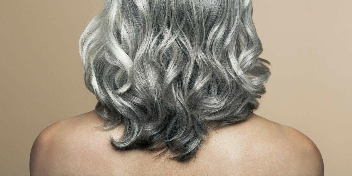 Чому сивіє волосся на голові