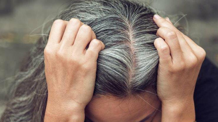 Як припинити зростання сивини і повернути колір волосся