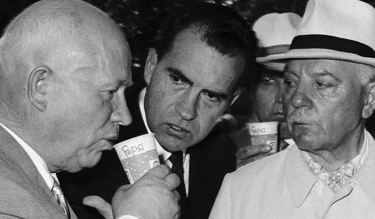 Як Хрущова в США прийняли за бабу