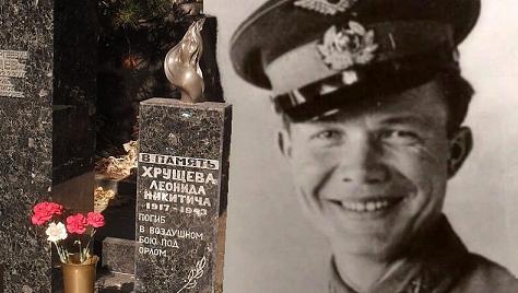 Чому Хрущов ненавидів Сталіна.