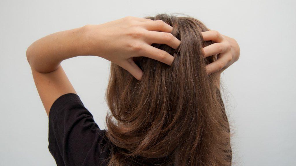 Шампуні, які допоможуть вам зберегти волосся