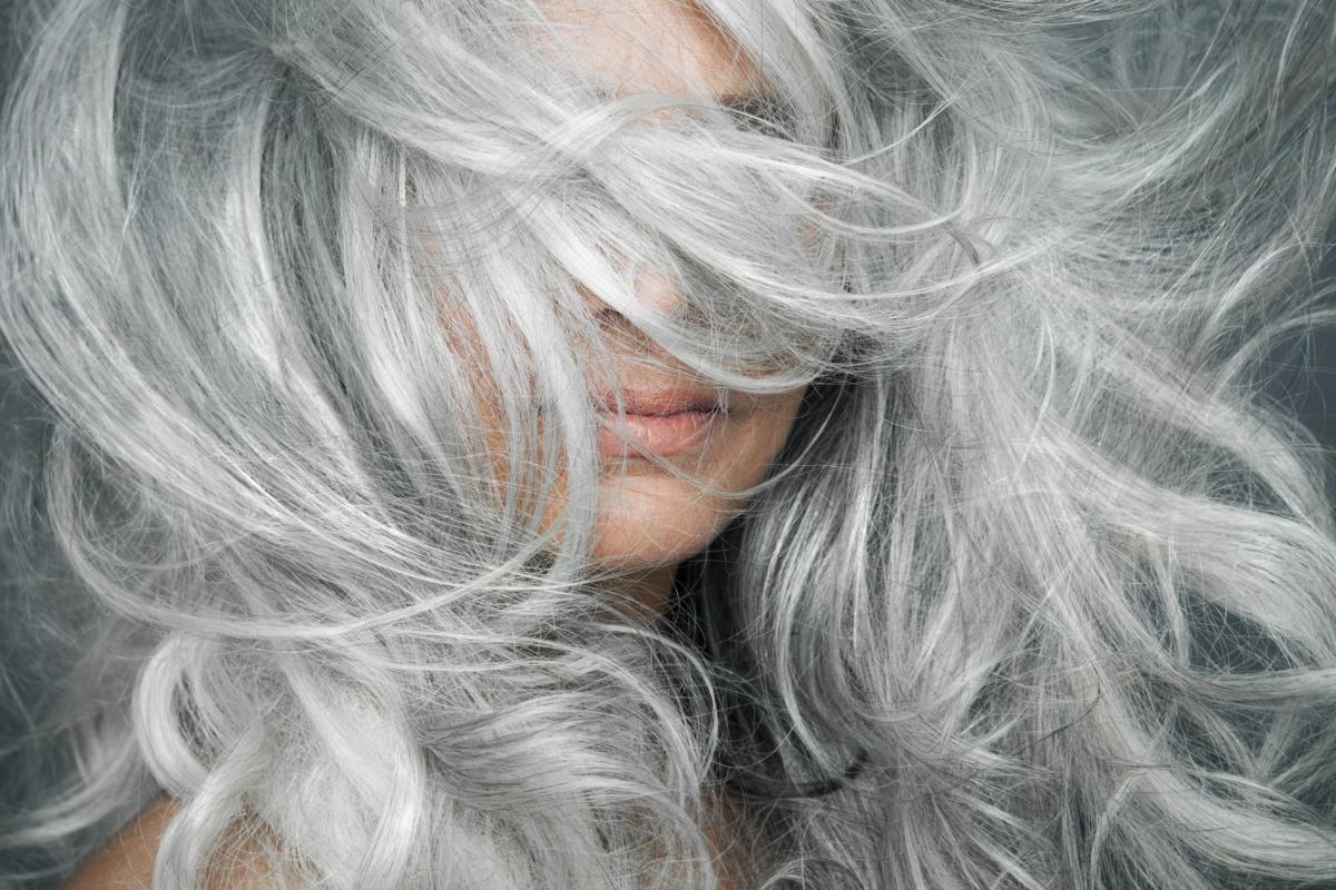 ТОП-5 Міфів про сивому волоссі. Вся правда