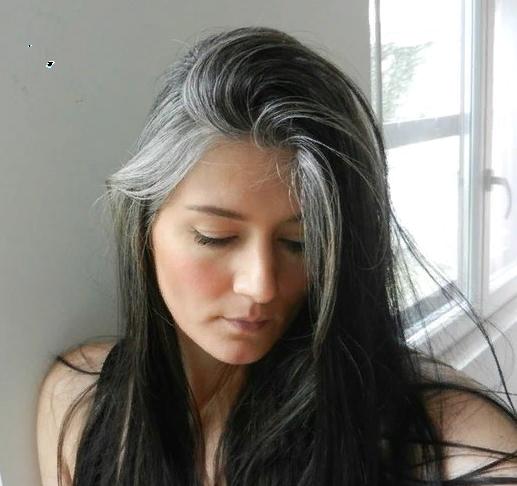 Магічний спосіб позбавлення від сивини у волоссі.