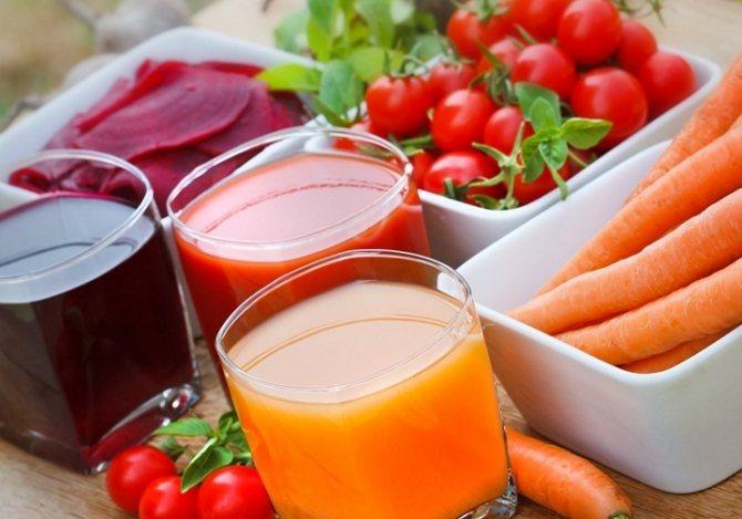 3 кольору овочів і фруктів для користі плинності крові