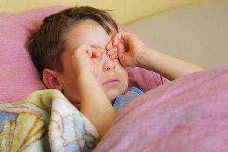 алергічний кон'юнктивіт лікування препарати