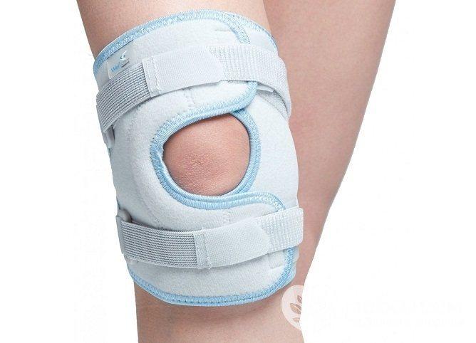 Артроз колінного суглоба нерідко є віддаленим наслідком травми: перелом, забиття, вивиху, розтягнення