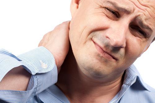 Болить шия и потіліця