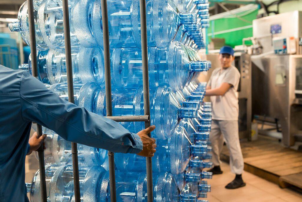 Доставка воды для крупной компании