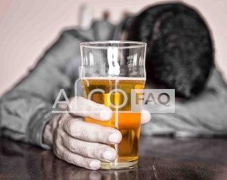 чим відрізняється пияцтво від алкоголізму