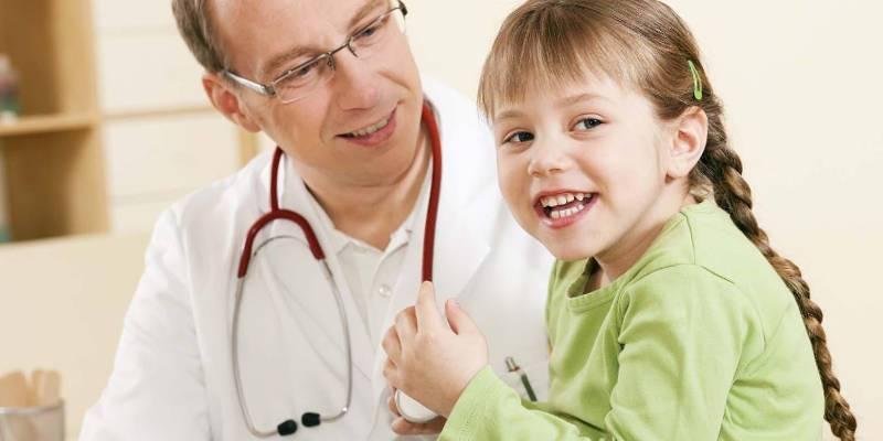діти и лікар