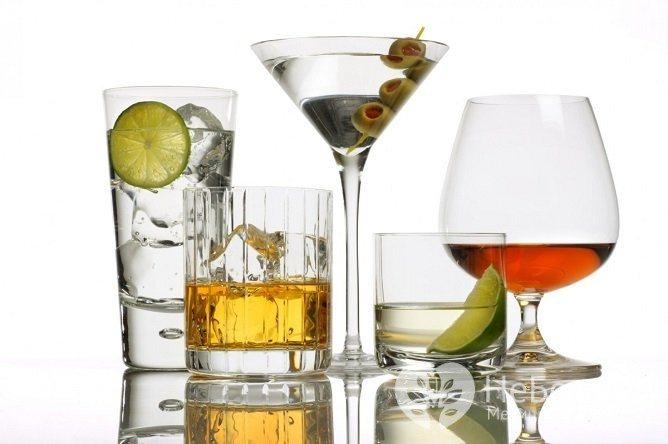 Єдина причина алкогольної інтоксікації - непомірне споживання алкоголю