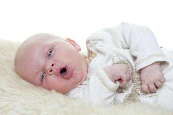 немовля спить