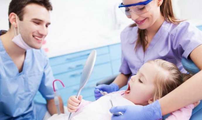 Хірургічне втручання при короткій вуздечці