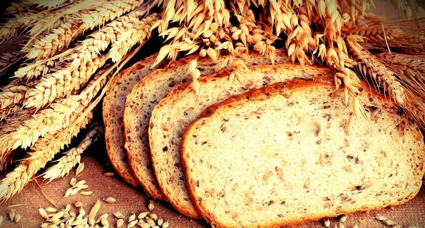 Хліб і пшениця