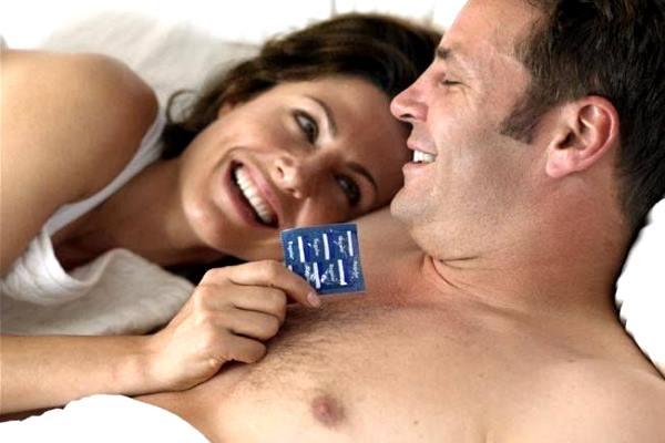 використання презерватива без ароматизаторів