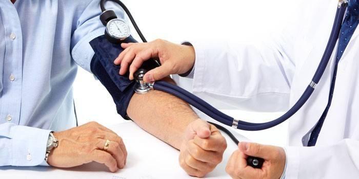 Вимірювання тиску у людини