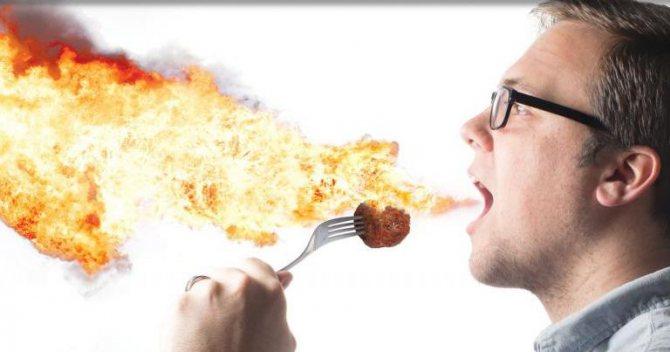 Печія после Занадто жірної, солоної и солодкої їжі