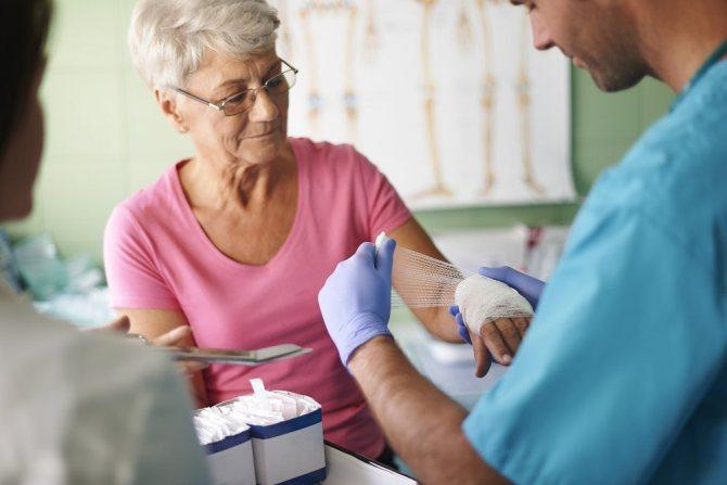 Як лікуваті фурункул: медикаменти, аутогемотерапия, фізіопроцедурі