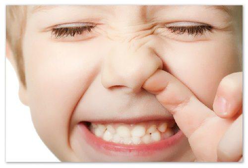 Як відучити дітей колупати в носі?
