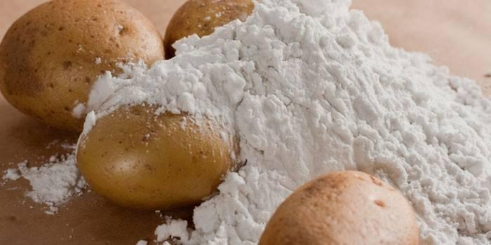 Картопляний крохмаль і картопля