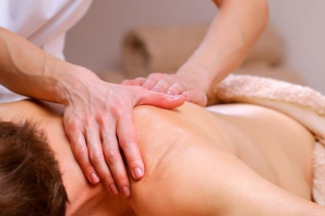 Кіста на шиї - причини, симптоми, лікування і діагностика