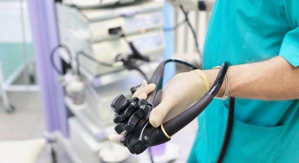 Колоноскопія кишечника. Що це, показання до обстеження, як робиться, підготовка до процедури