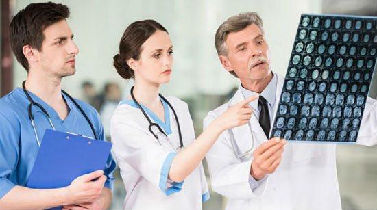 консультація лікарів