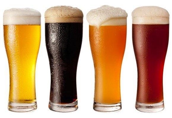 Кухлі з пивом