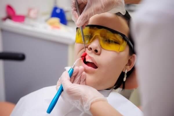 лазер в стоматології