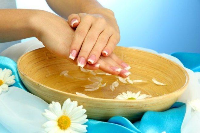 Лікувальні ванночки для нігтів