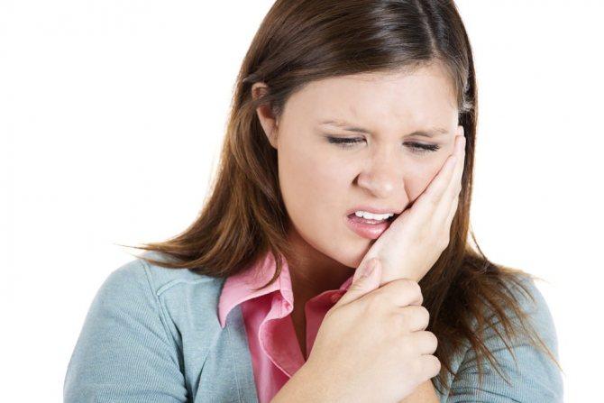 Лімфаденопатія підщелепніх лімфовузлів внаслідок хвороби зубів