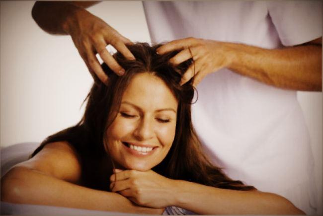 Масаж для росту волосся