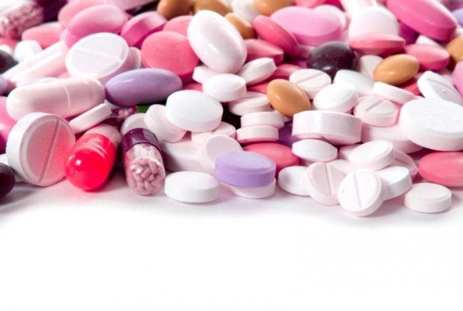 Медикаментозне лікування тріщин