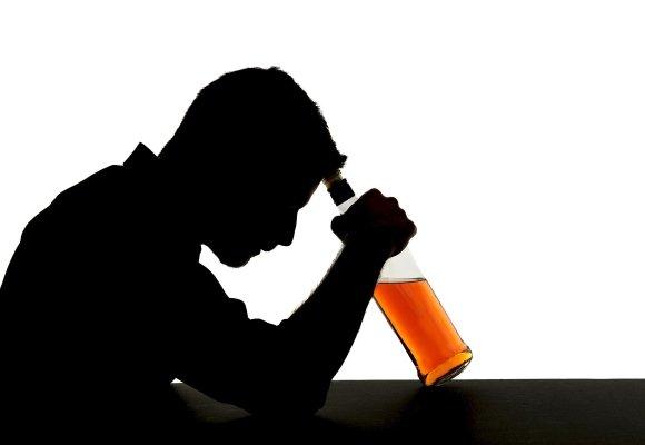 Нетримання сечі на тлі прийому алкоголю