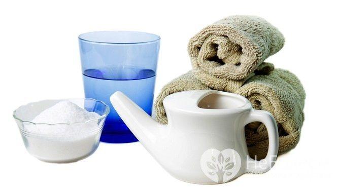 Одним з найбільш ефективних методів лікування гаймориту в домашніх умовах вважається промивання порожнини носа