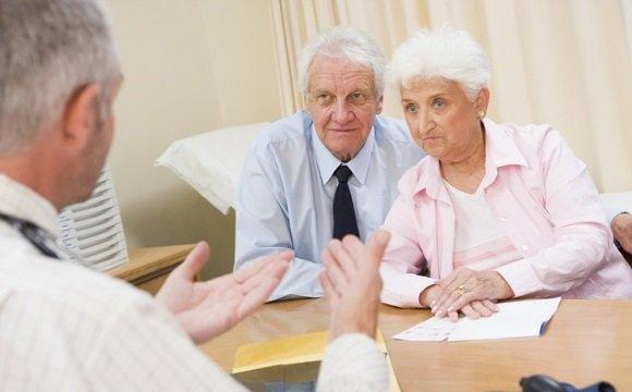 Опитування пацієнтки при підозрі на хворобу Альцгеймера