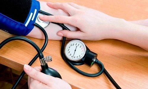 Відсутність своєчасного лікування панкреатиту у чоловіків викликає зниження артеріального тиску