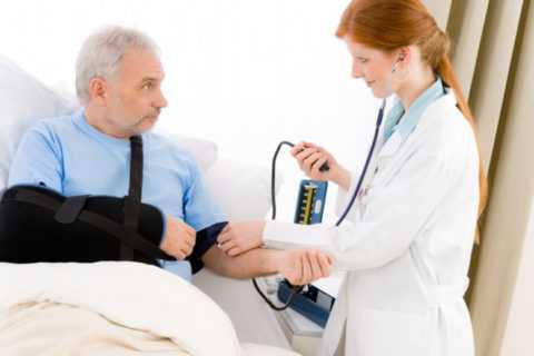 Падіння артеріального тиску - кардіоваскулярний ознака кетоацидозу.