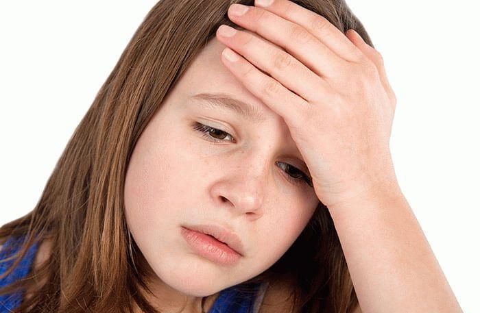 Чому болить правий и лівий висок голови у дітей?